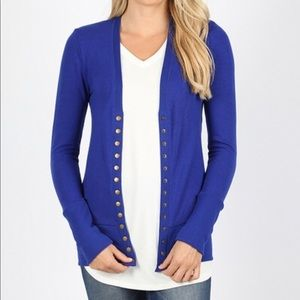 Sweaters - Button Front Cardigan in BLUE